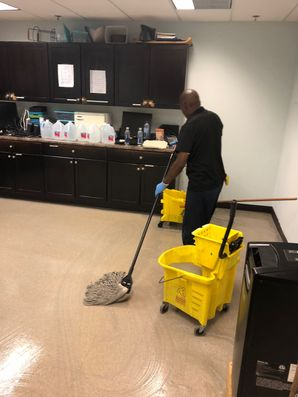 Before & After Floor Cleaning in Marietta, GA (4)