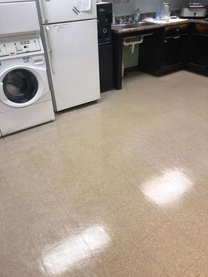 Before & After Floor Cleaning in Marietta, GA (5)