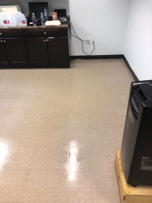 Before & After Floor Cleaning in Marietta, GA (6)