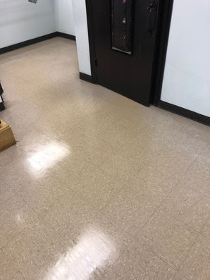 Before & After Floor Cleaning in Marietta, GA (7)